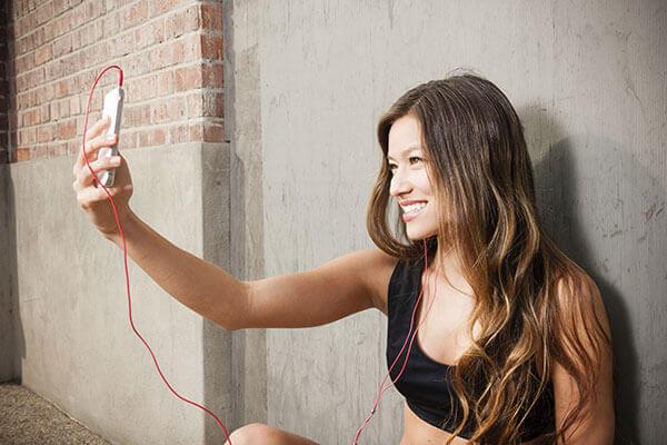 pump-up-healthy-selfie